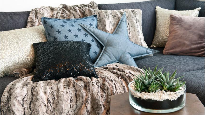 Poduszki w gwiazdki