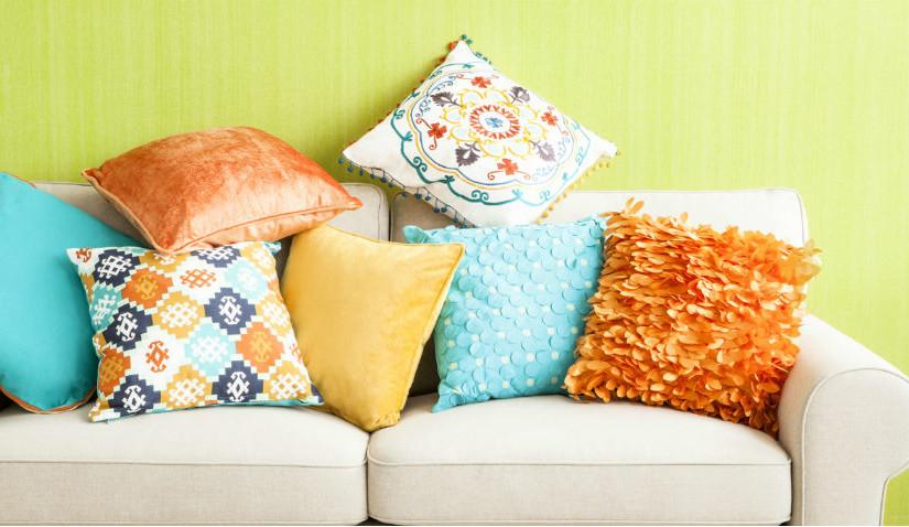 Kolorowa poduszka 45x45