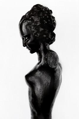 Statue art-déco en bronze -femme nue sur socle en sycomore