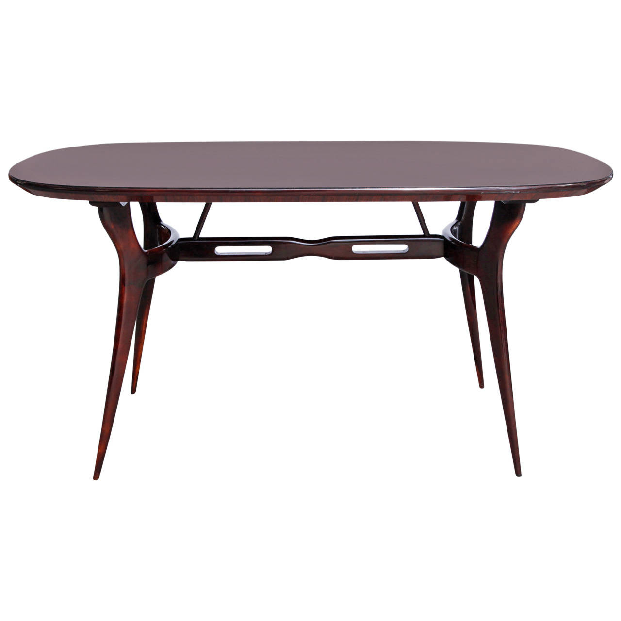 Table designed by Gio Ponti