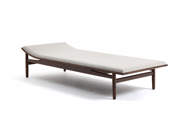 Daybed By Kurt Ostervic