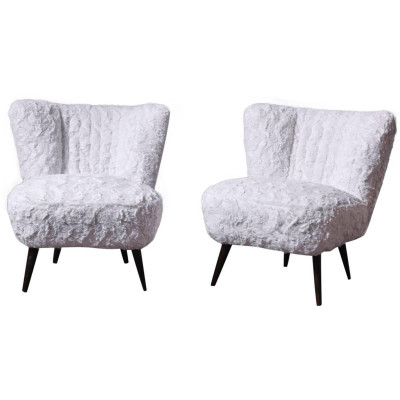 Cocktail chairs with faux fur