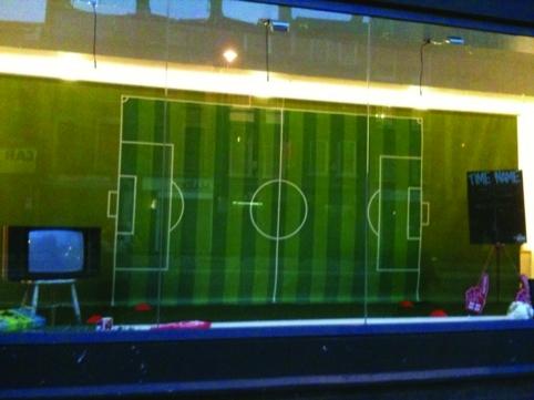 Erasmus'  World Cup window