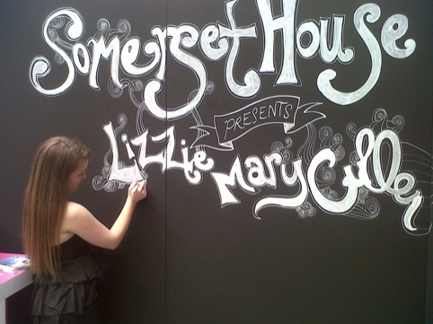 Lizzie Mary Cullen draws mural live