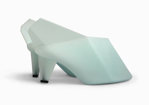 Rotational moulded shoe by Marloes ten Bhomer. © Marloes ten Bhomer