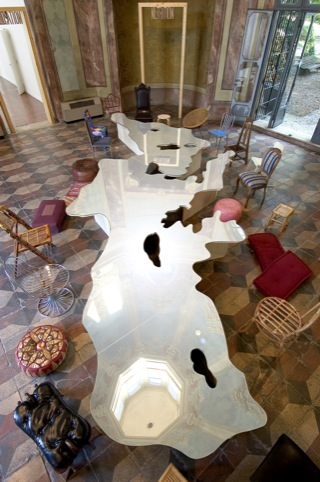 Pistoletto's Love Difference Table
