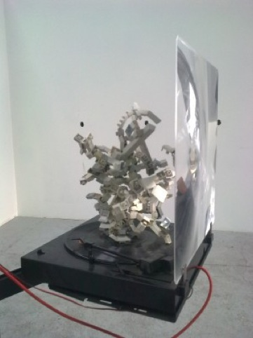 Simon Schafer,  kinetic sculpture 2011