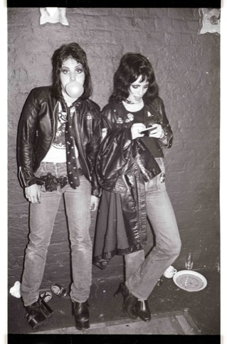 Gaye Advert and Joan Jett, 1977
