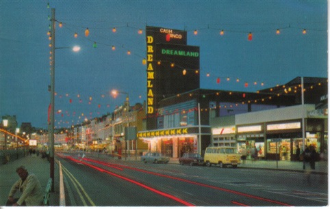 1980s colour postcard of Dreamland Cinema