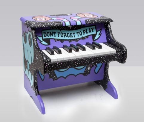 Piano Play, 2009
