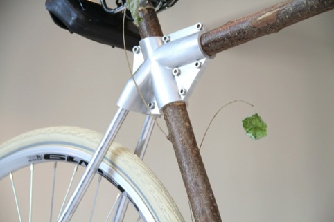 ProdUSER by Tristan Kopp. Here, found branches are used for the bike frame.
