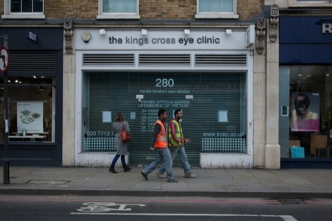 Optometrist specialists will only see cross-eyed patients