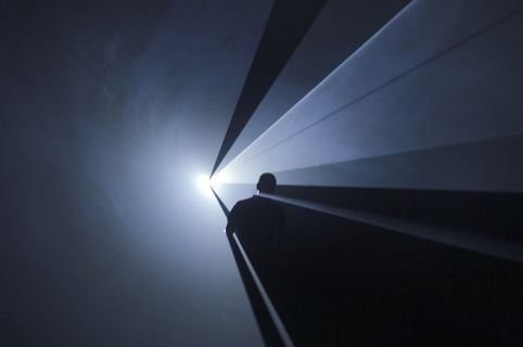 Anthony McCall, You and I Horizontal, 2005