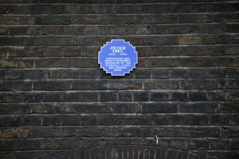 An 8Bit plaque