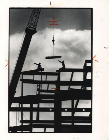 Builders and Crane, John H. White 1988