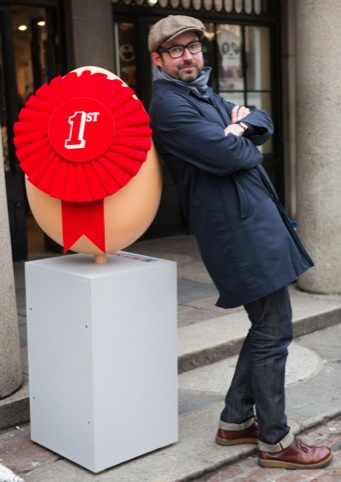 Dom Bailey with Baxter and Bailey's Eggsistentialism egg