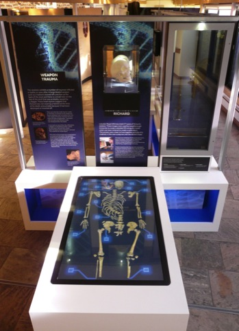 The interactive skeleton of Richard III