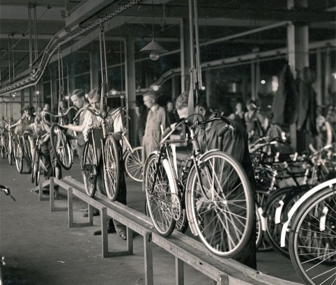 The Hanby and Barret community group is funding The Raleigh project, which will deliver two digital platforms to remember the Raleigh factory