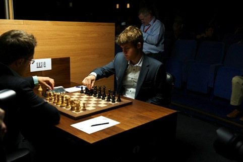 Magnus Carlsen in action at the World Chess London Candidates Tournament