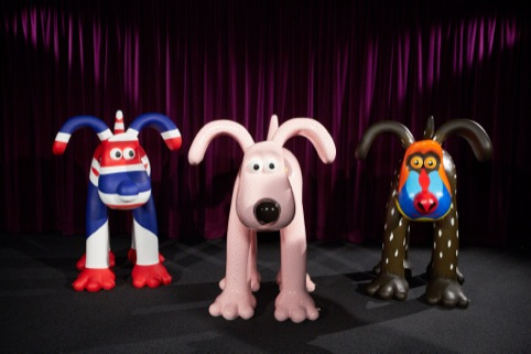 Martin Band's Union Jack design, Harry Hill's 'bald' Gromit, artist Vivi Cuevas' baboon-inspired creation