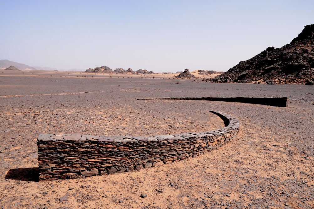 Curved Rising Line, Jebel Acacus, south west Libya