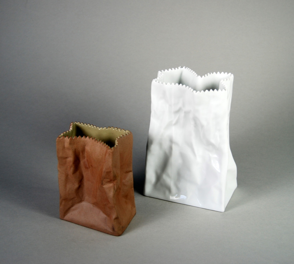 Tutenvase Brown and Tutenvase White by Tapio Wirkkala (c.1977)