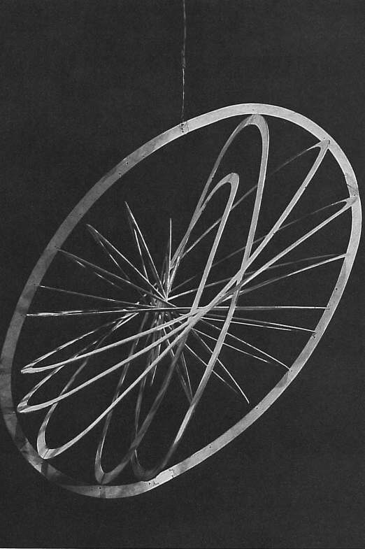 Aleksandr Rodchenko, Oval Hanging Construction