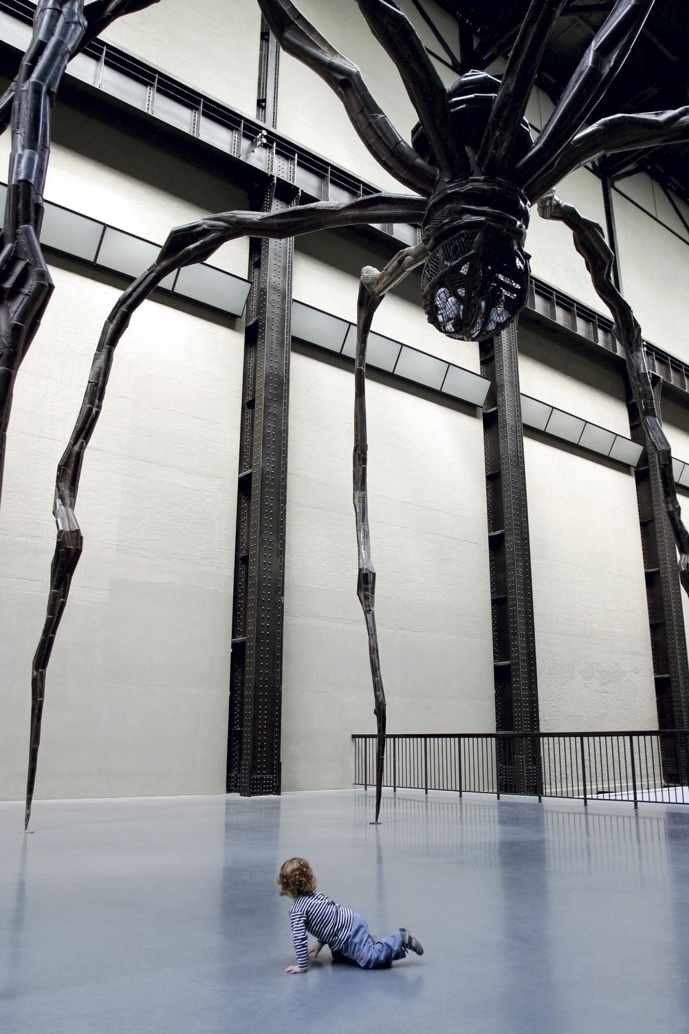 Matt Stuart, Tate Modern #03