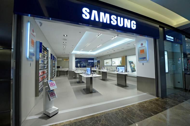 Samsung pilot store in Spain