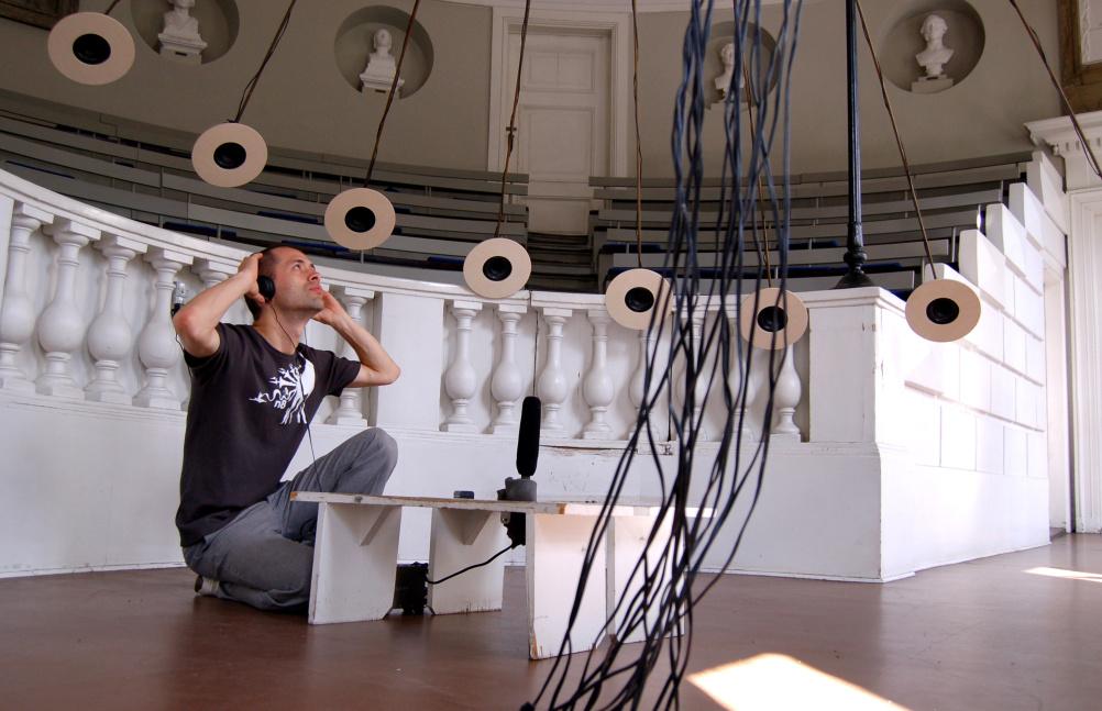 Jacob Kirkegaard, Labyrinthitis (Installation view), Medicinsk Museion, Copenhagen, 2007