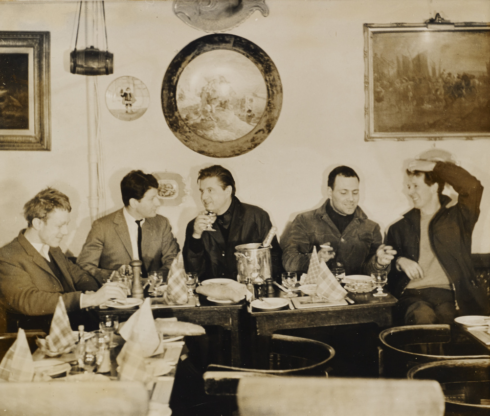 John Deakin, Timothy Behrens, Lucian Freud, Francis Bacon, Frank Auerbach and Michael Andrews at Wheeler's, Old Compton Street, 1963
