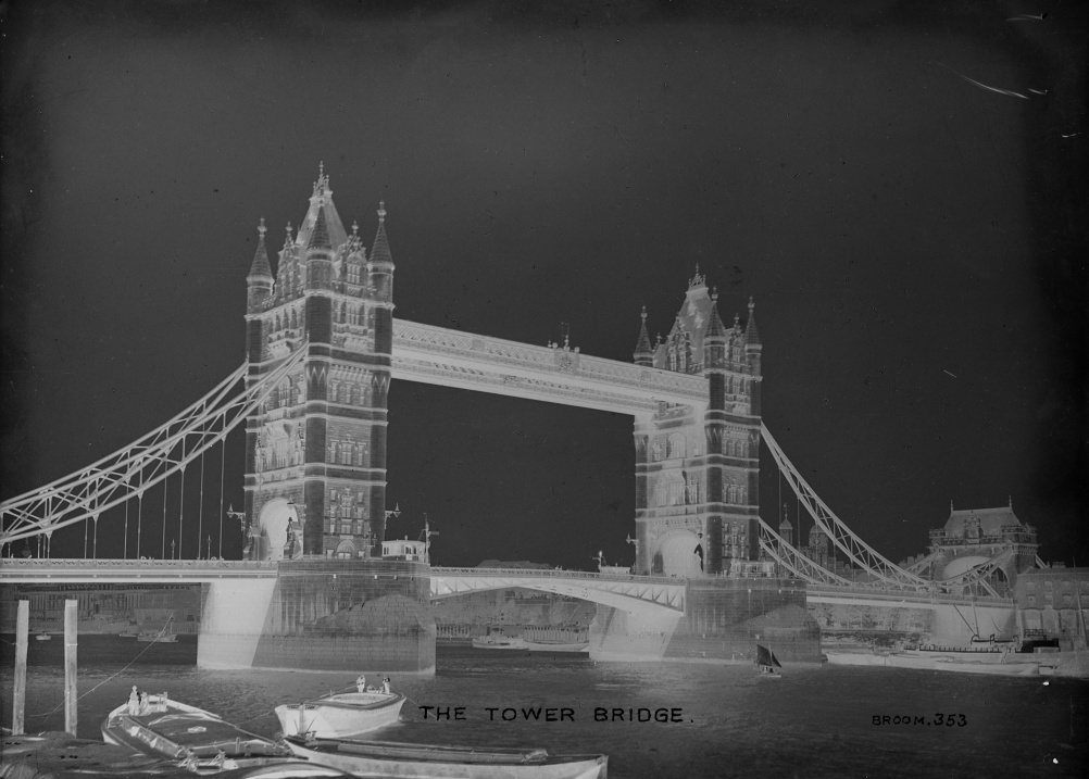 Christina Broom - Tower Bridge negative c.1910