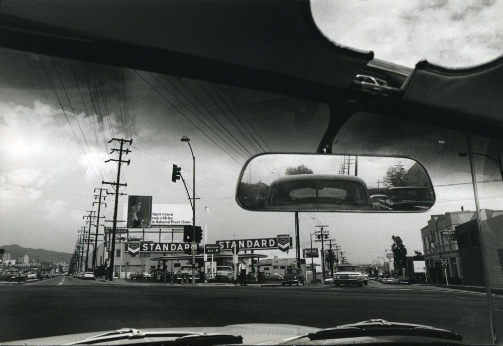 Dennis Hopper Double Standard, 1961 Photograph, 17.45 x 24.87 cm The Hopper Art Trust