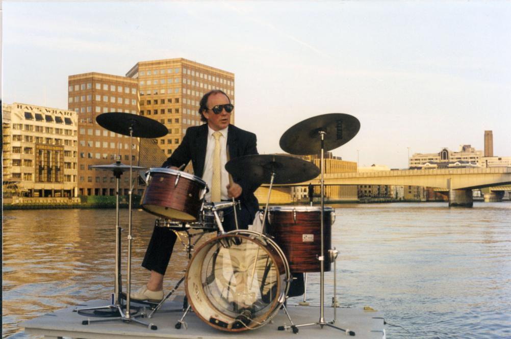 William Raban - Beating the Bridges film still