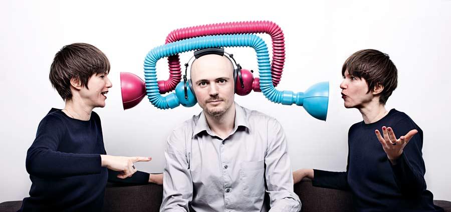 Reverse hearing device
