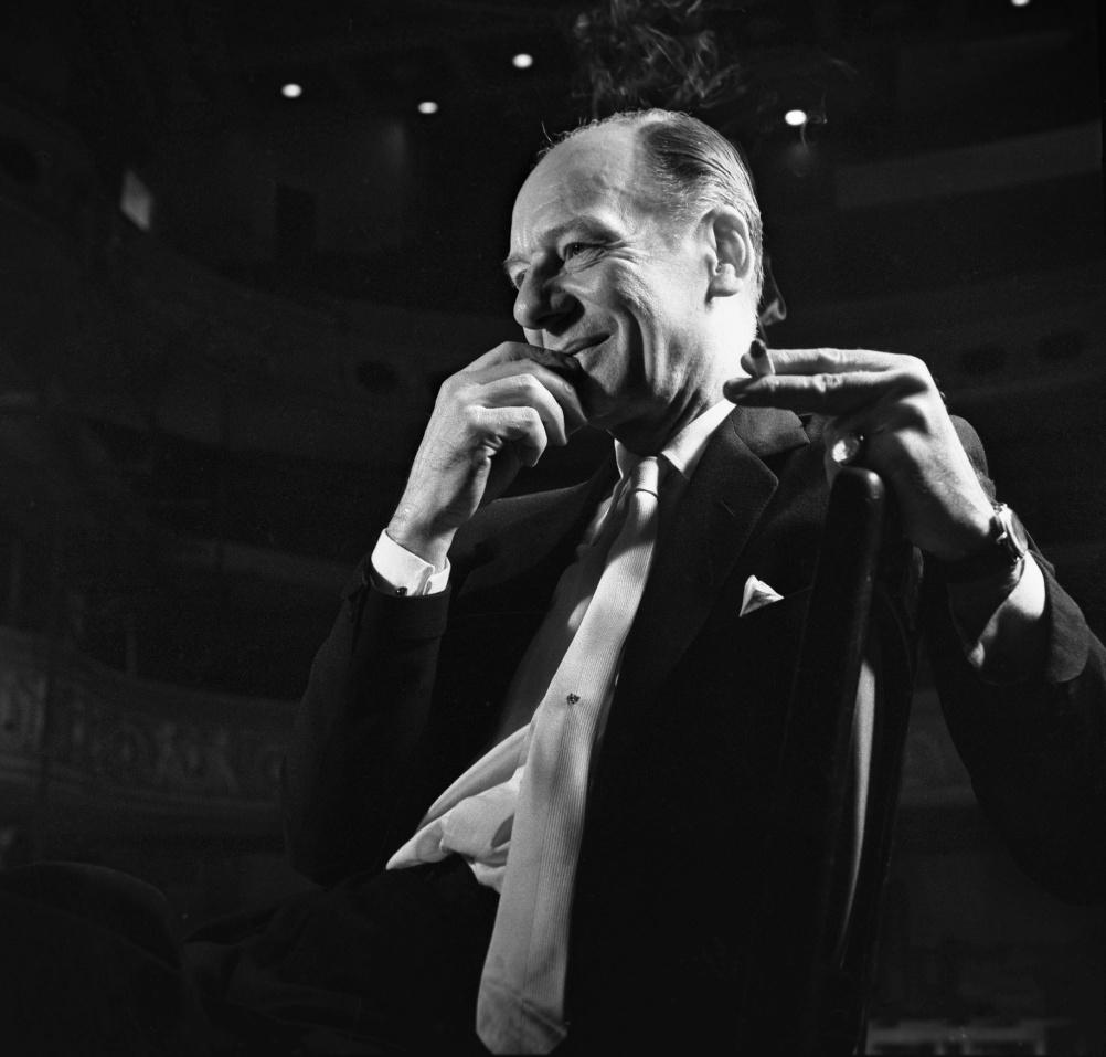 Sir John Gielgud, 1959