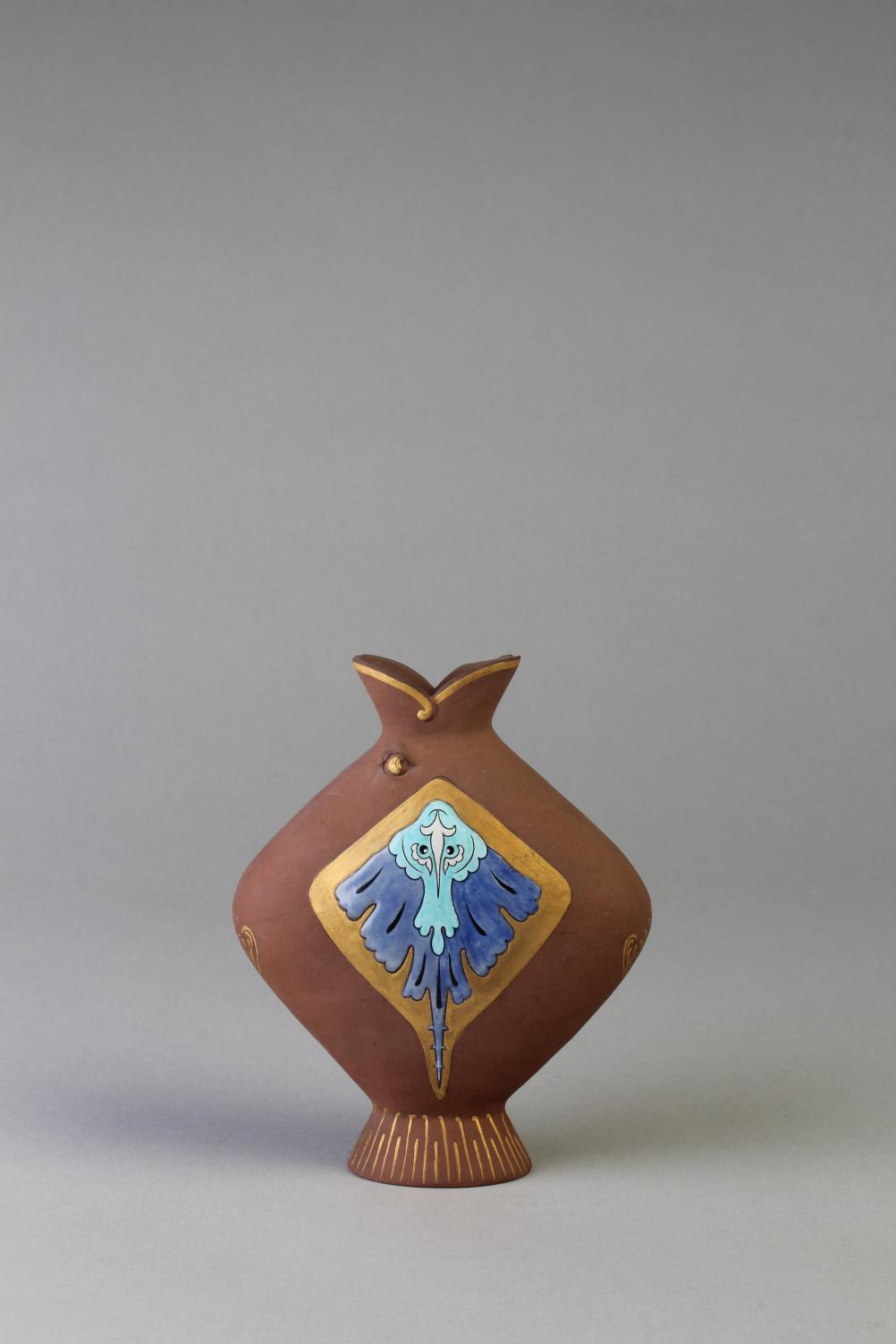 Christopher Dresser (1834-1904) Fish lip vase, c. 1965. Terracotta
