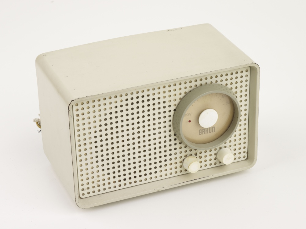 SK 1 radio, 1955. Designed by Artur Braun and Dr Fritz Eichler. Manufactured by Braun A.G.