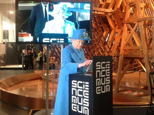 HRH the Queen sends her first tweet