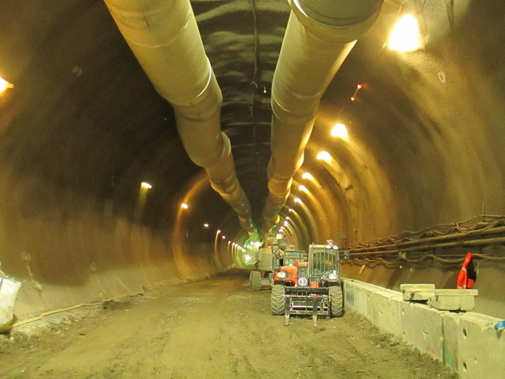 Crossrail Tunnel looking West, taken by Matt Brown