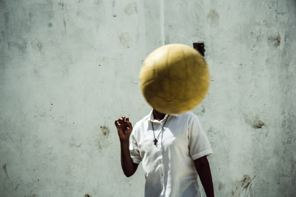 Sebastian Gil Miranda – Shoot Ball, Not Gun