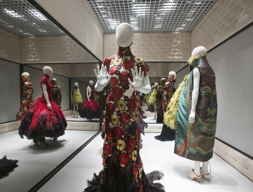 Inside The V Amp A S Alexander Mcqueen Exhibition Savage