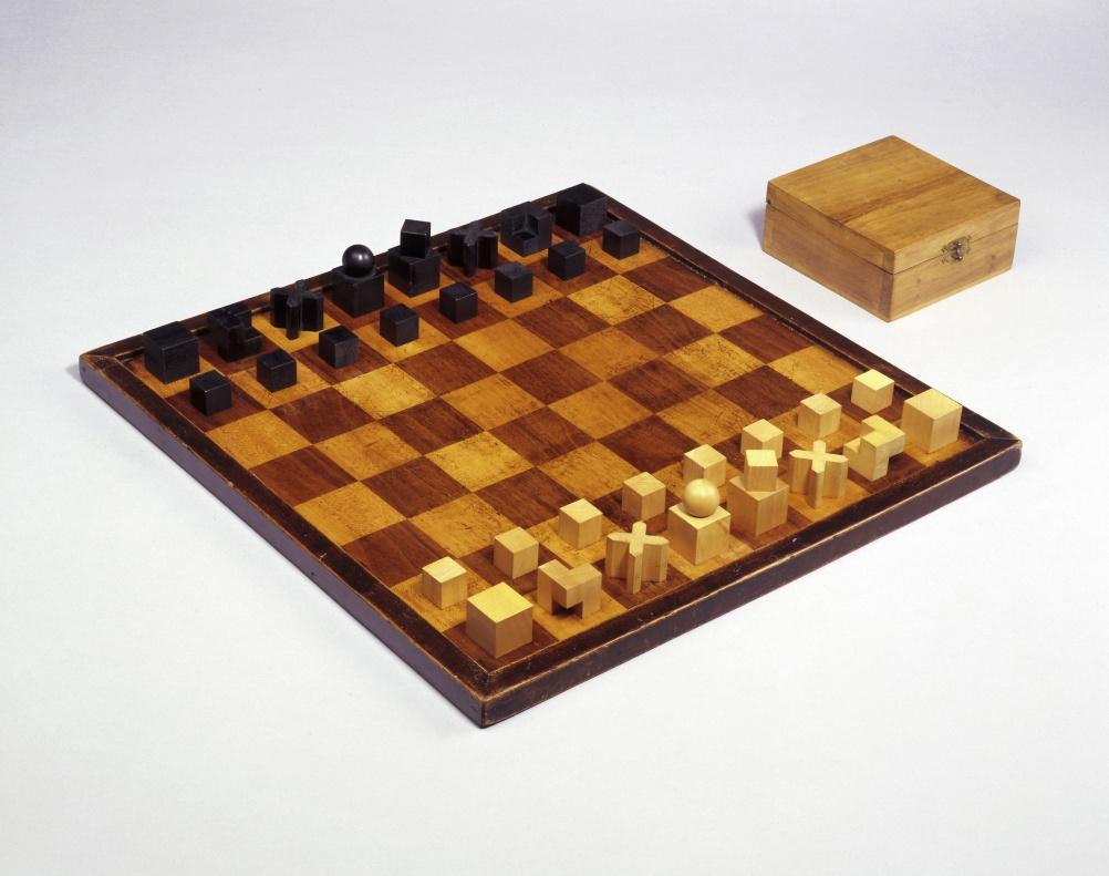 Josef Hartwig, Bauhaus Chess Set (Model XIV), 1923/24