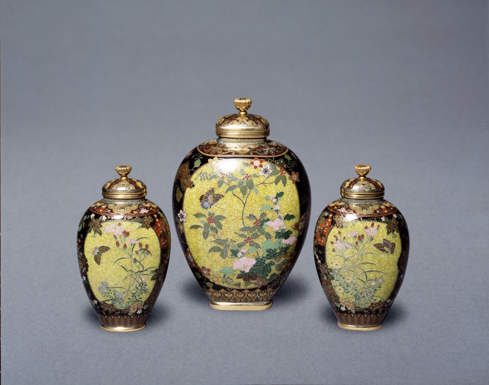Cloisonné enamel vases by Namikawa Yasuyuki c.1880-90 (c) Victoria and Albert Museum, London