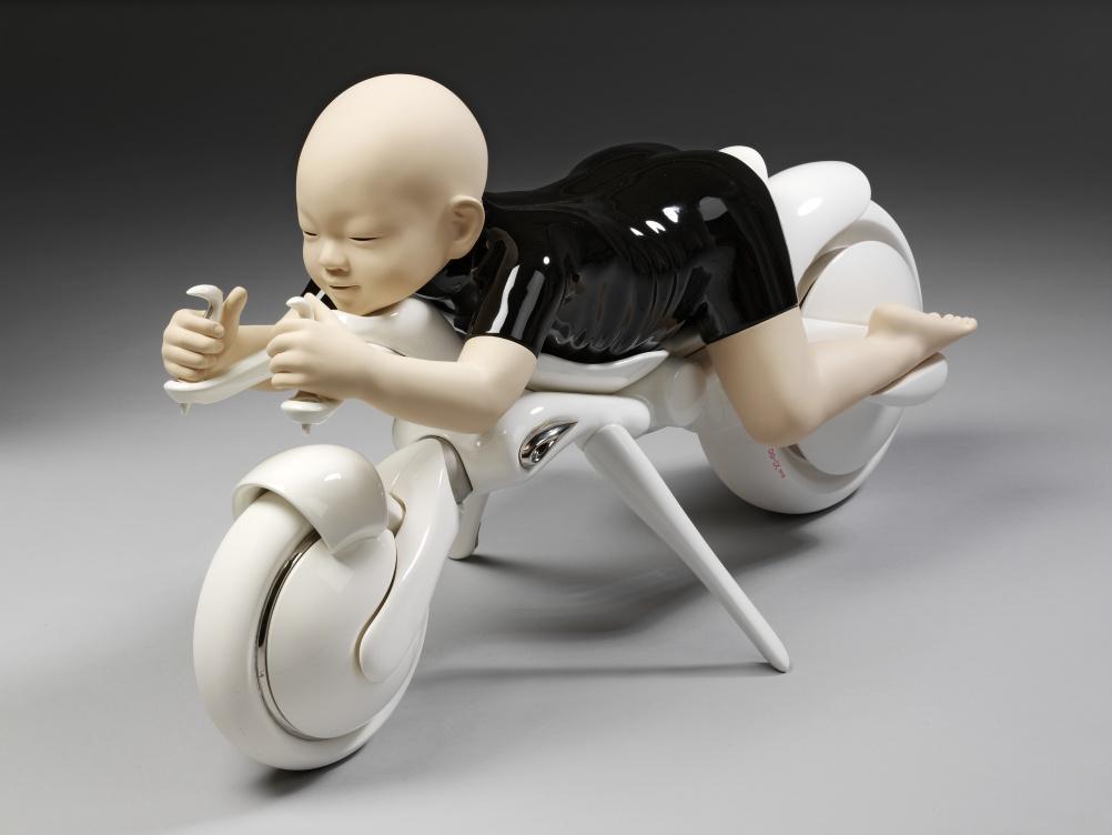 'OO-IX' Sculpture by Hayashi Shigeki © Hayashi Shigeki and Yufuku Gallery.  Victoria and Albert Museum, London
