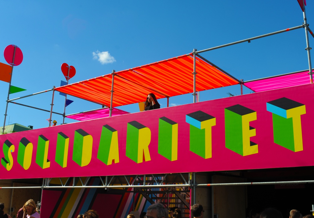 08b_SUPERSTRUCTURE, Morag Myerscough & Luke Morgan, photo Luke Morgan