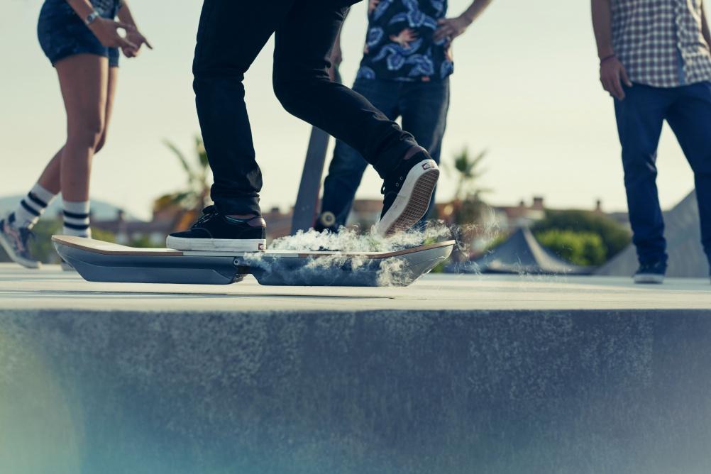 Lexus Hoverboard_Hero