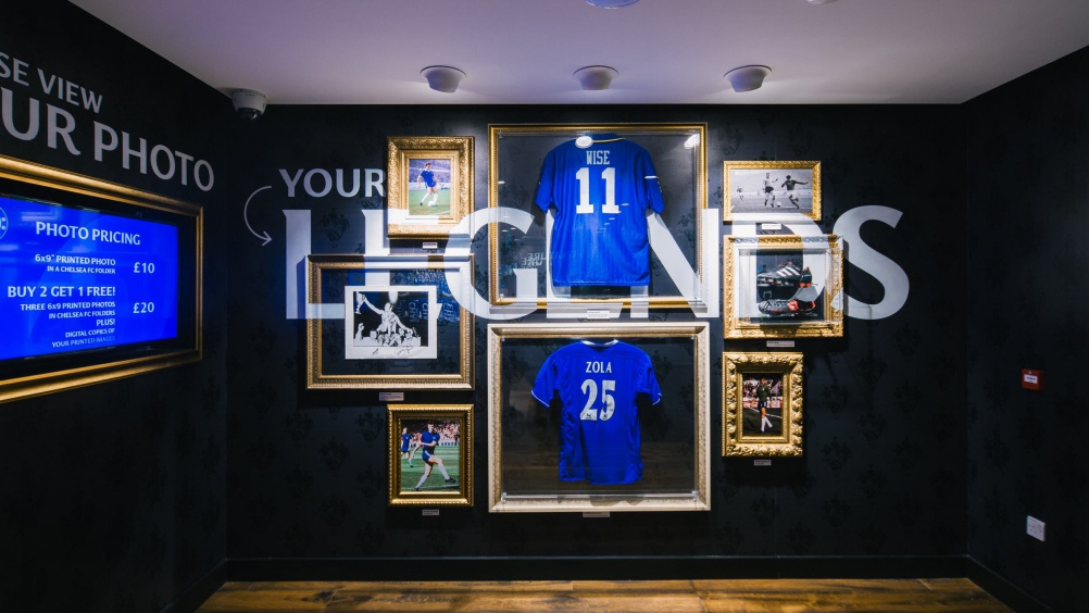 rpa-group - Chelsea_Megastore_London_Football_Fanshop