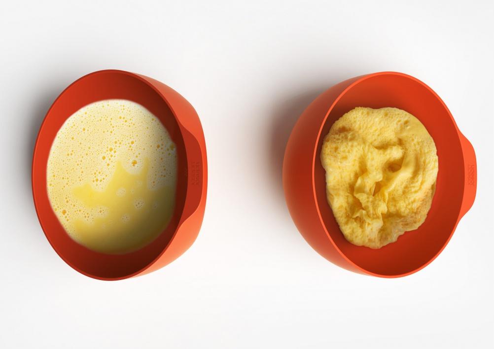 124_002_joseph_joseph_microwave_omelette_maker_03@2x