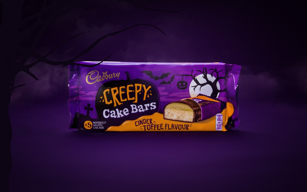 Cadbury-Halloween-2015-Pages-3200-x-2000-Broom-CakeBars